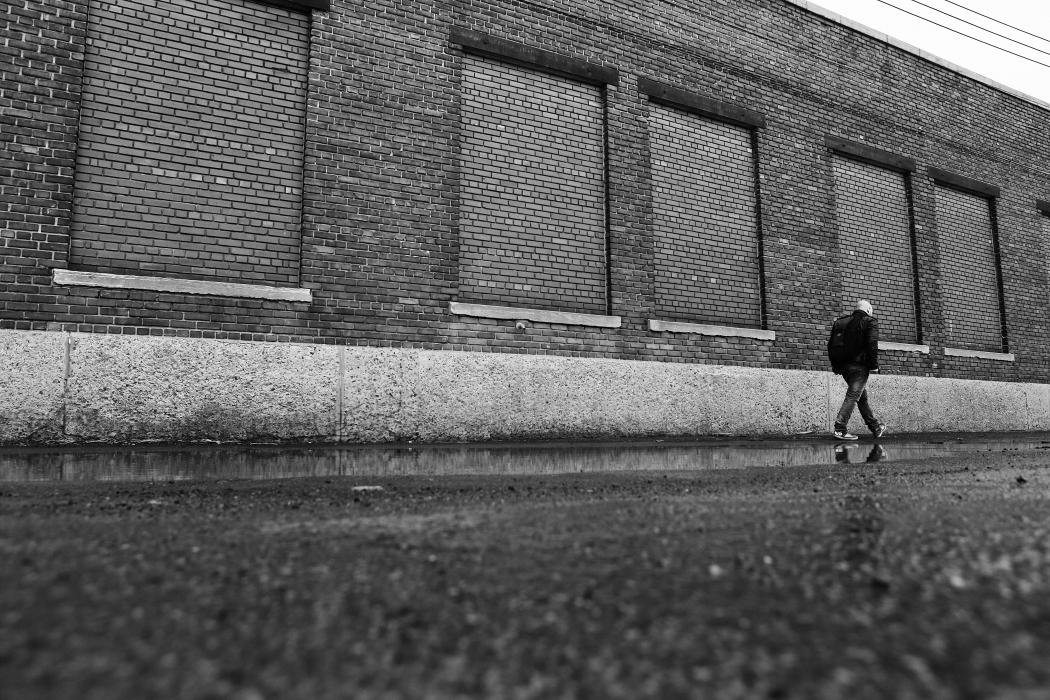 2015-04-Life-of-Pix-free-stock-photos-wall-walking-man-industrial-leeroy.jpg